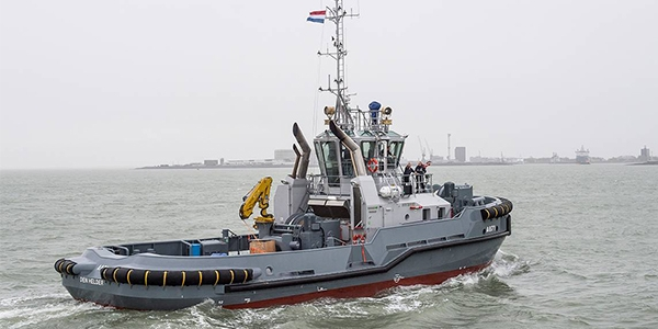 Aankomst diverse schepen in de haven